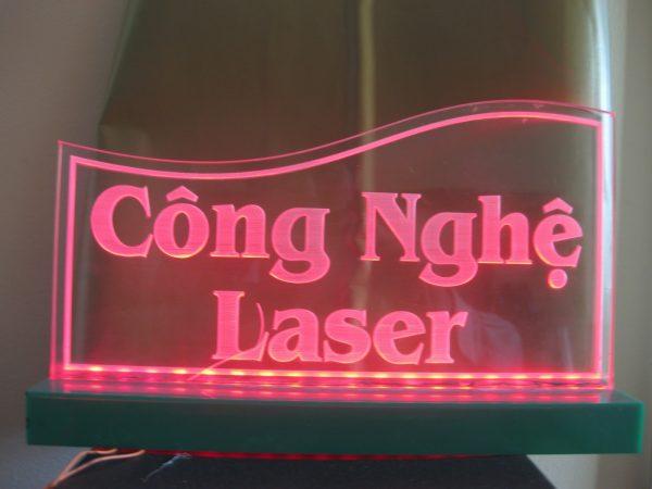 Khắc laser mica