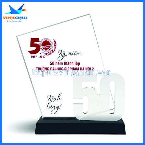 kỷ niệm chương kỷ niệm 50 năm