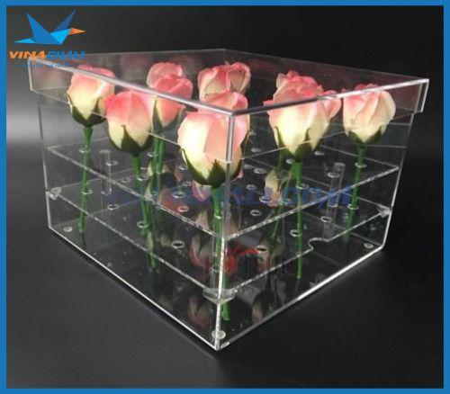Hộp mica đựng hoa hồng