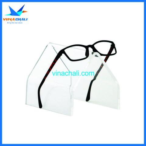 kệ trưng bày kính mắt 5 3