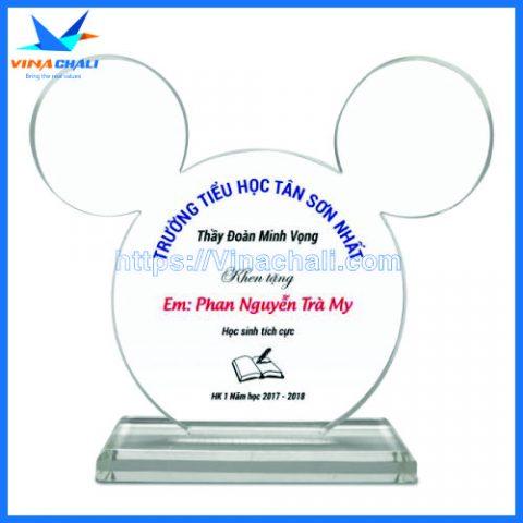 Kỷ niệm chương chuột Mickey 1